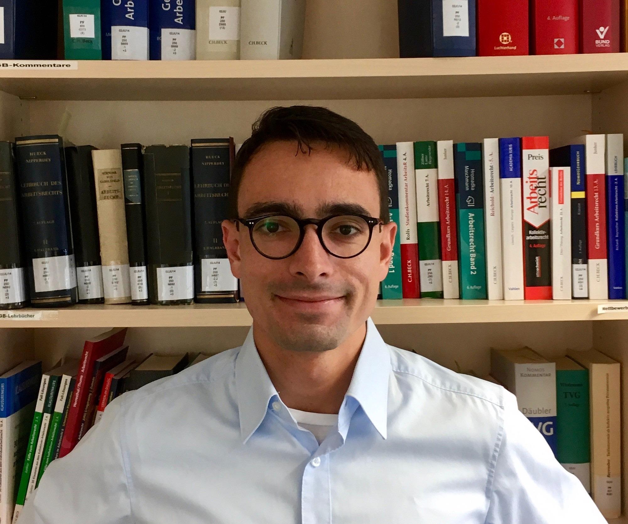 Dr. Daniel Holler